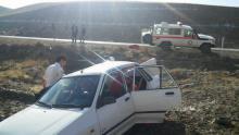 واژگونی خودرو پراید با 5 سرنشین