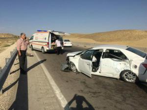 4 مجروح در برخورد خودرو کیا سراتو با گارد ریل